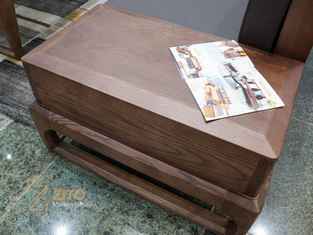 Sofa ZG138 được làm từ chất liệu gỗ sồi tự nhiên sơn óc chó có tap siêu đẹp
