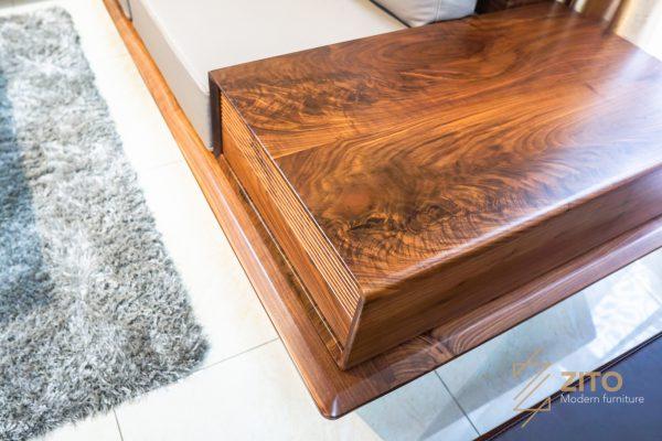 sử dụng gỗ óc chó mang lại các sản phẩm bàn ghế đẳng cấp
